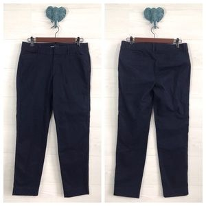 Old Navy Navy Pixie Flat Front Ankle Pants